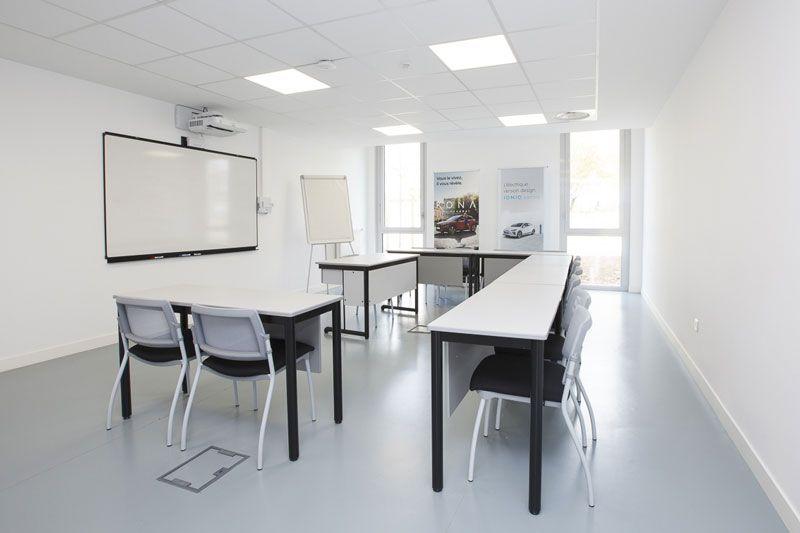amenagement salle de classe bureau chaise
