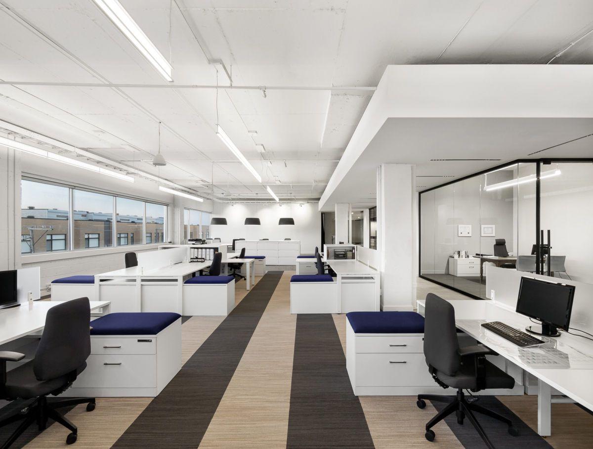 bureaux-open-space-couleurs-intemporelles Exemples de bureaux open space